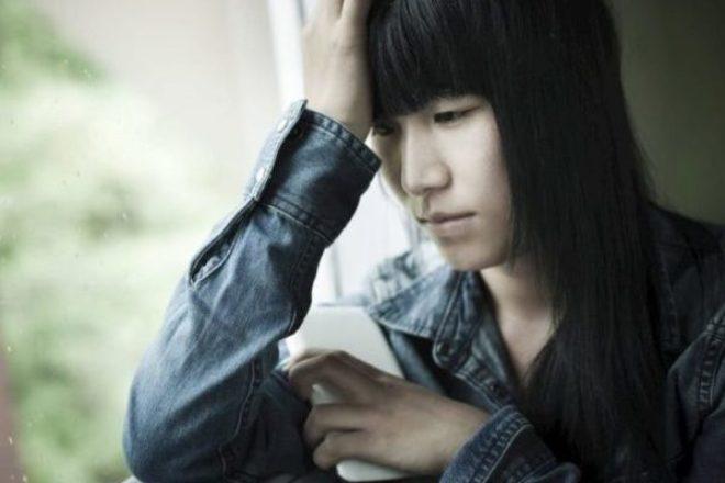 Por qué las personas se suicidan por deudas y cómo encontrar ayuda