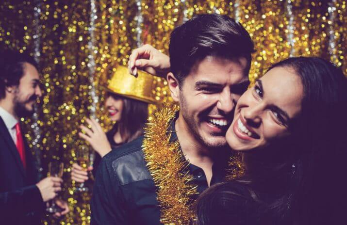 Six Tips For Throwing a Fun Holiday Party Under Budget