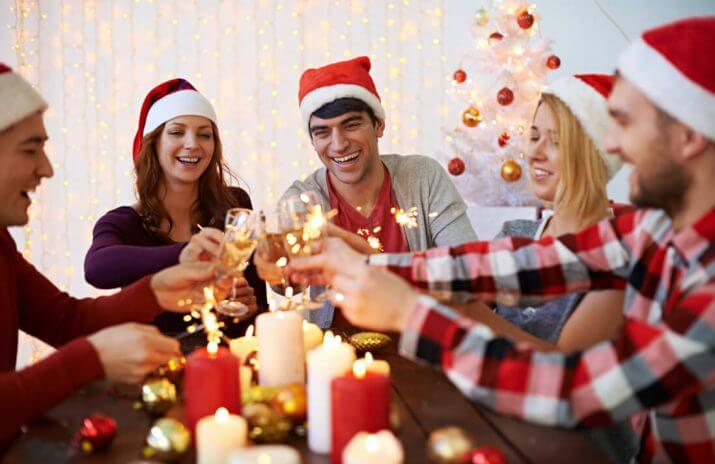Money Doesn't Grow on (Christmas) Trees: 5 Cheap Holiday Celebrations