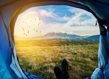 Glamorous Camping – The Next Big Vacation Trend? (what is glamping)