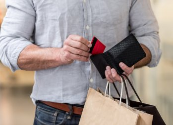 The Pros and Cons of Cash Back Credit Cards: Do They Help or Hurt? - how do cash back cards work, benefits of cash back credit cards