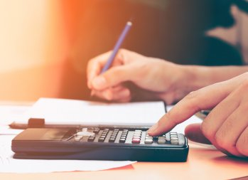 Follow These Steps When Selecting a Financial Adviser