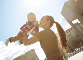 City Life: 6 Ways to Make the Most of Free Activities for Children - summer activities for children - fun, free activities for kids