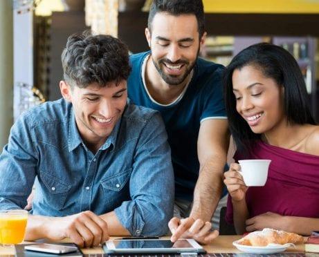9 formas de apoyar los negocios de tus amigos sin quebrar