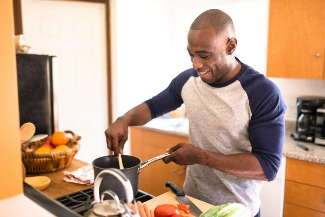 3 Cost-Effective Cooking Tips for One- or Two-Person Meals