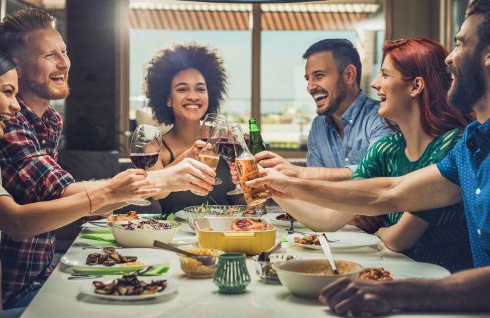5 Great Ways to Save Money With Friends