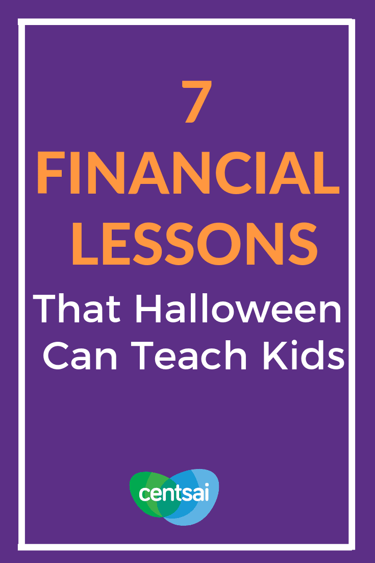 7 Financial Lessons That Halloween Can Teach Kids. Did you know that Halloween is about more than just binging on candy? Learn how trick-or-treating can provide financial literacy for kids. #budget #financialliteracyblog