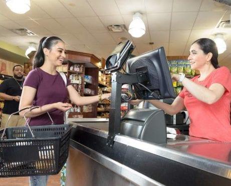 Cómo Guardar dinero comprando en Whole Foods