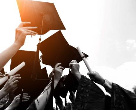 8 mejores escuelas que ofrecen clases universitarias gratuitas en línea