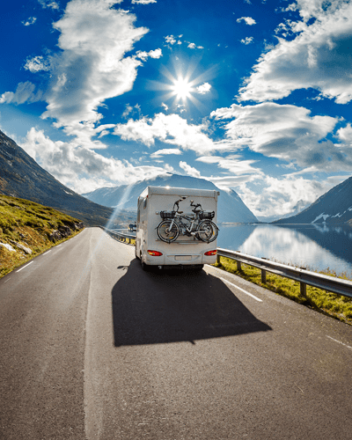 Tu guía definitiva para los seguros de automóviles y vehículos recreativos