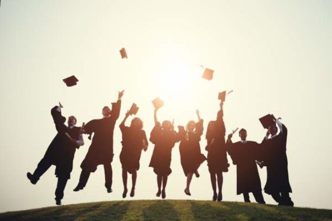 10 Ways to Decide Which College Is Best for You